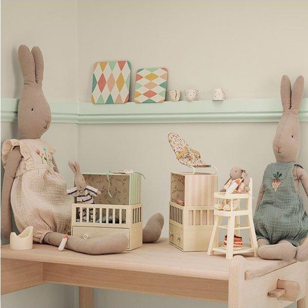 Conejita bunny con Peto